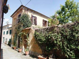 Affittacamere il giardino segreto, Castelnuovo Magra