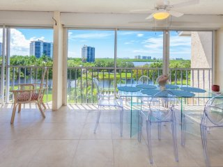 Princeton Place Penthouse - Monthly, Naples