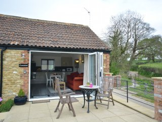 42370 Cottage in Beaminster, Ilminster