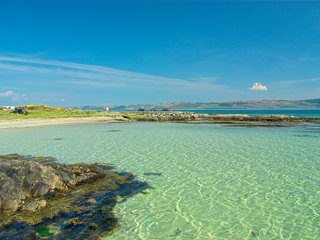 Beachy,Occean Views, 2 mins to best beach on Gigha, Isle of Gigha