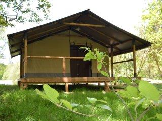 Tente Lodge pleine nature Corrèze Vallée Dordogne, Espagnac