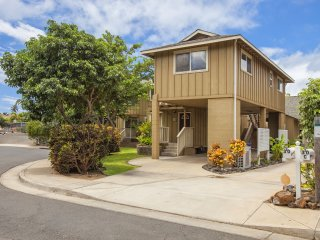 4 to 6 Bedroom Hale Leilani, Pool, AC, WIFI, WALK TO BEACH