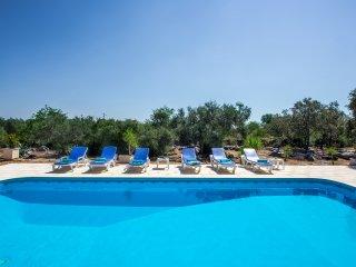 Peaceful Villa Nr. Moncarapacho , East Algarve
