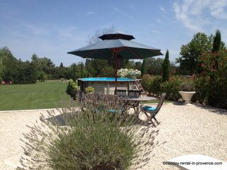 Country cottage large private garden & pool, Saint-Remy-de-Provence