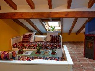 Apartamento Dúplex, vacation rental in Castaneda