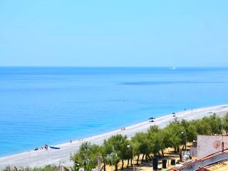 Quadrilocale a Nizza di Sicilia per 8 persone ID 507