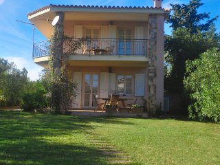 Villa Rosa -- 150 meter from the beach, A/C