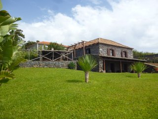 Villa Montemar - Peaceful spot away from the city, Ponta do Pargo