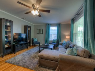 3 Bedroom Crestview, newly available!