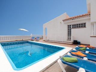 MIR242015| Amazing Front Line 6 Bedroom Villa. Stunning Sea Views.Playa San Juan