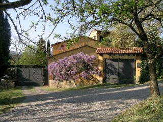 Poggiolo accommodation, Rufina