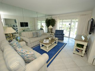 Sanibel Siesta on the Beach Unit 211