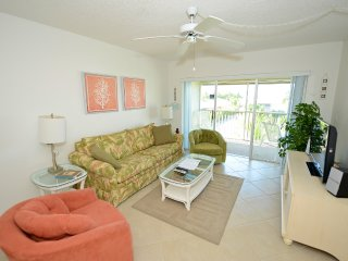 Sanibel Siesta on the Beach Unit 111
