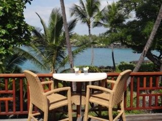 Evans Estate Surf Cottage Combo - Oceanfront, Stunning views, Kailua-Kona