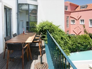 Ap14 - Villa Estrela with private swimming pool in city center, Lisboa