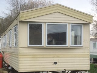 8 BERTH CARAVAN SOUTHVIEW LEISURE PARK