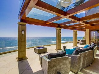 Sunset Pointe Ocean Front - Bluewater Vacation Homes