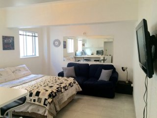 Sea Point Promenade Apartment