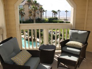 Steps to the beach. Beach/pool view luxury condo. Booked? See my other units., Galveston