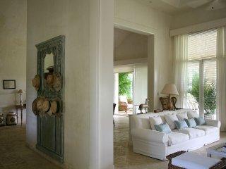 4 Bedroom Arrecife Villa, Higuey
