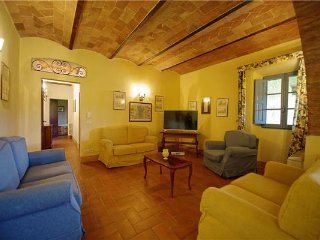 8 bedroom Villa in Castellina In Chianti, Tuscany, SIENA AND SURROUNDINGS, Italy : ref 2372849