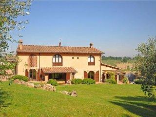 5 bedroom Villa in Empoli, Tuscany, Italy : ref 2372923