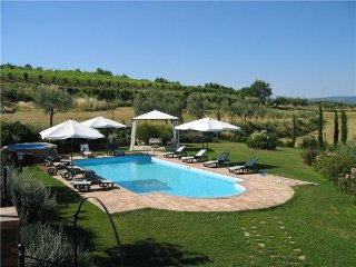 5 bedroom Villa in Valiano, Tuscany, Italy : ref 2373024