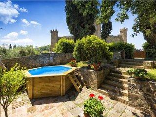 3 bedroom Villa in Montalcino, Tuscany, Val d Orcia, Italy : ref 2373110