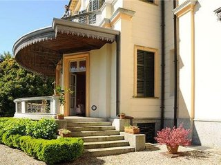 7 bedroom Villa in MEINA, Lake Maggiore, Italy : ref 2373316, Meina