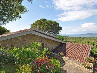 4 bedroom Apartment in Punta Ala, Tuscany, Punta Ala, Italy : ref 2373334