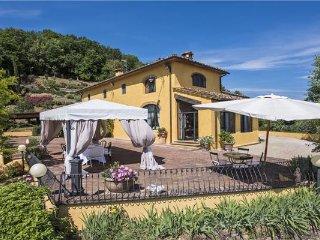 3 bedroom Villa in Monsummano Terme, Tuscany, Pistoia, Italy : ref 2373445