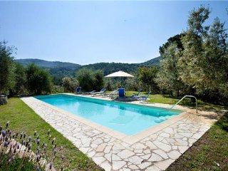 7 bedroom Villa in Bagno a Ripoli, Tuscany, Italy : ref 2373595