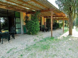 3 bedroom Apartment in San Casciano In Val Di Pesa, Tuscany, Italy : ref 2373591, San Casciano in Val di Pesa