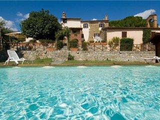 4 bedroom Villa in Agello, Umbria, Italy : ref 2373777