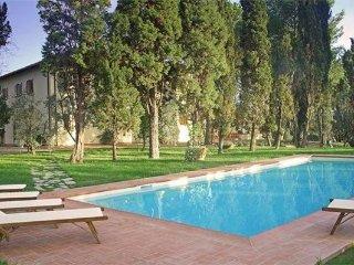 5 bedroom Villa in Vinci, Tuscany, Italy : ref 2373801