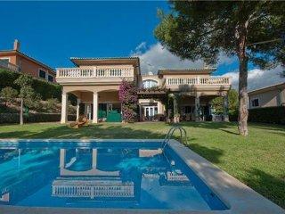 3 bedroom Villa in Cala Vinyes, Mallorca, Cala Vinyes, Mallorca : ref 2373849, Sol de Mallorca