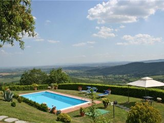4 bedroom Villa in Civitella In Val Di Chiana, Tuscany, Arezzo, Italy : ref 2373966, Civitella in Val di Chiana