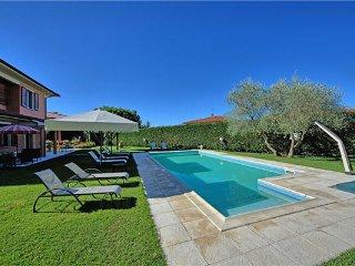 5 bedroom Villa in Loro Ciuffenna, Tuscany, Arezzo, Italy : ref 2374060