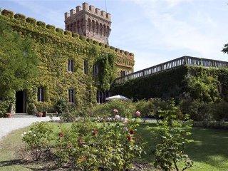 10 bedroom Villa in Campiglia Marittima, Tuscany, Italy : ref 2374280