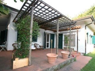 5 bedroom Villa in Forte dei Marmi, Tuscany, Italy : ref 2374784