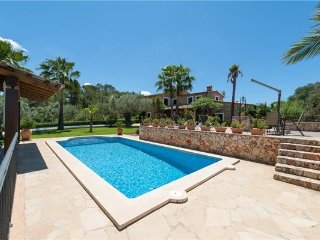 4 bedroom Villa in Costitx, Mallorca, Costitx, Mallorca : ref 2374849