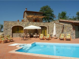 4 bedroom Villa in Gaiole, Tuscany, Italy : ref 2374882, Gaiole in Chianti