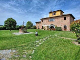10 bedroom Villa in Bandita, Tuscany, Italy : ref 2374905, Guazzino