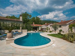 5 bedroom Villa in Pican, Istria, Svici, Croatia : ref 2375186, Krbune