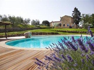 6 bedroom Villa in Poggibonsi, Tuscany, Poggibonsi, Italy : ref 2375195