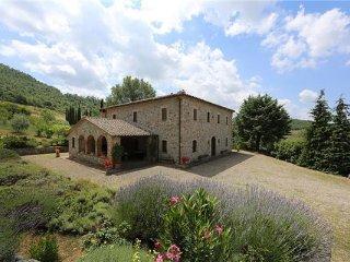 6 bedroom Villa in Trevinano, Tuscany, Italy : ref 2375220