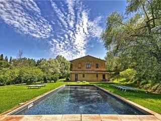 7 bedroom Villa in Sarteano, Tuscany, Italy : ref 2375266