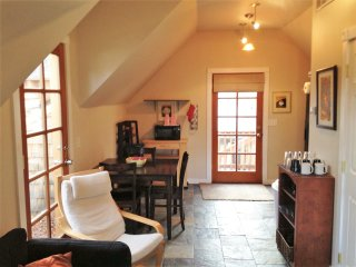 Newly Remodeled Loft in the Heart of the Northend