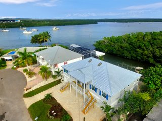 Villa Blue Heron II  Ft Myers Beach! Steps to Beach!, Fort Myers Beach