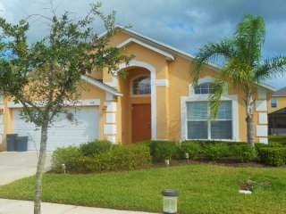 4bdrm Family Villa, Home away from Home!, Kissimmee